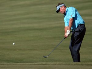 As name golfers fade, Moore steps it up