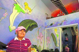 Gilbert girl keeps up spirits amid cancer fight