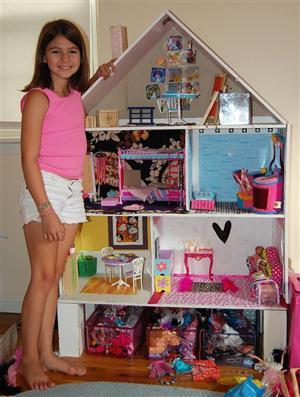 Homes-Dollhouses