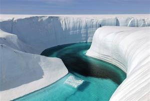 Birthday Canyon, Greenland ice sheet