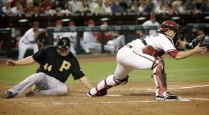 Pirates pounce on Petit, rout D-Backs 