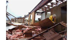 Frances floods Florida, leaves four dead