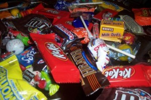 Chandler dentist to buy back Halloween candy