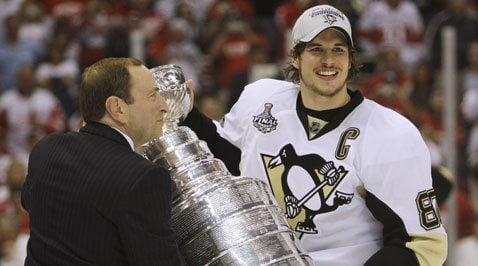 Penguins topple Red Wings to win Stanley Cup