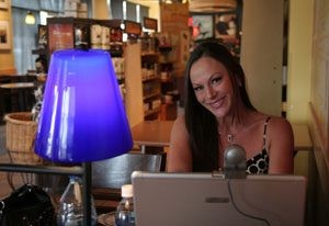 Scottsdale faces: Web site host broadcasts to world