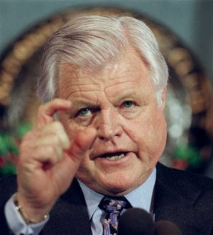 Sen. Edward Kennedy dies at 77