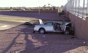 Loop 202 crash kills man, woman in Mesa