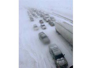 Colorado blizzard strands thousands