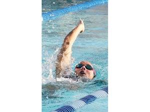 Local swim teams make a splash