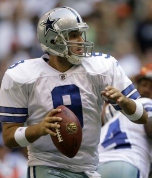 Bordow: Warner, Romo show how picking QB is crapshoot