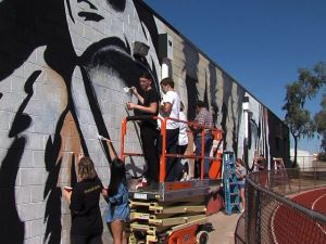 Gilbert High School replaces graffiti with tiger mural