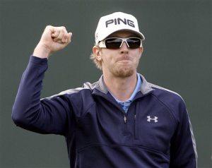 Mahan edges Fowler to win Phoenix Open