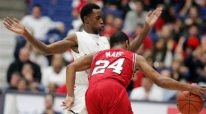 Arizona nips North Carolina State