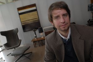 Gallery owner puts art show in furniture store