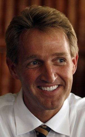 Flake pursues chance to oppose federal earmarks