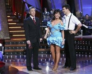 Osmond laughs off `Stars' fainting spell