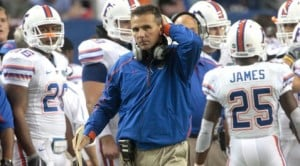 Florida's Meyer resigns amid health concerns
