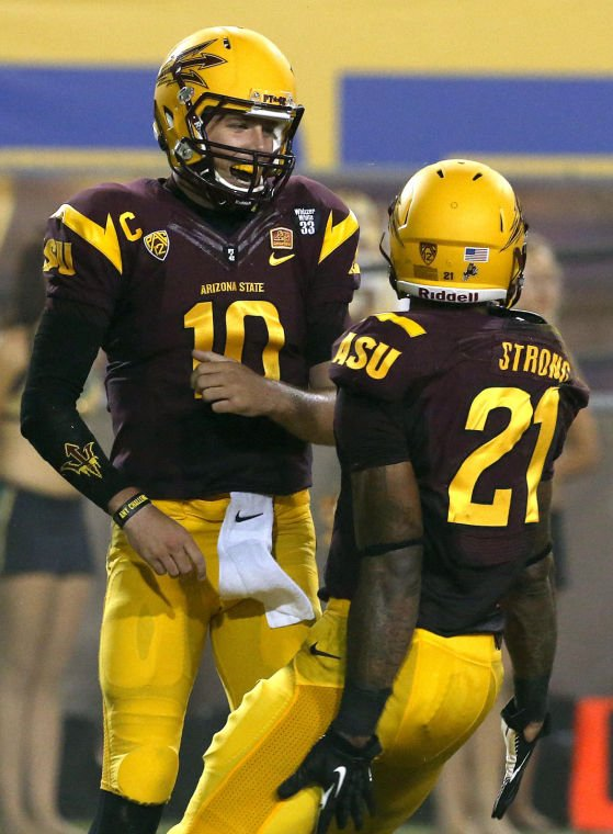 Taylor Kelly, Jaelen Strong