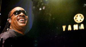 Wonder gives Glendale fans career-spanning retrospective
