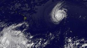 Felicia weakens to tropical storm near Hawaii