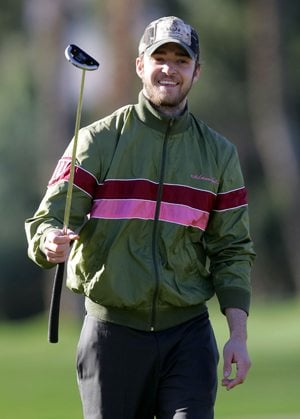 Brownie Points: N Sync on the links