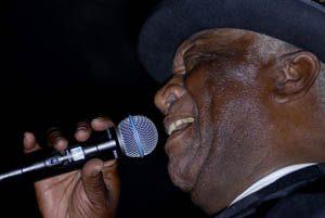 Big Pete Pearson still shoutin' the blues