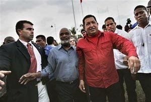 Chavez says attacks on Bush not personal