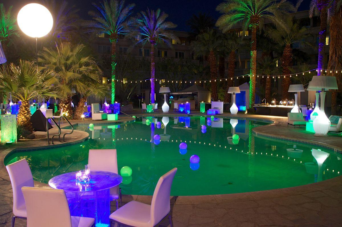 Party Rentals Caterers Set Up For Super Big Event Az