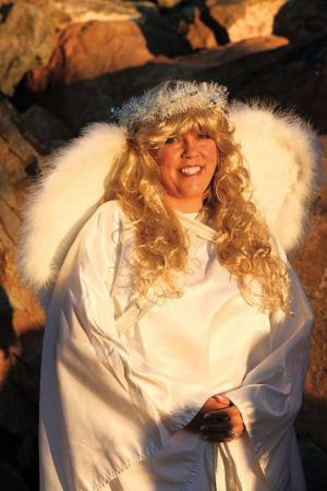 afn.holly.112410.nativity9.jpg