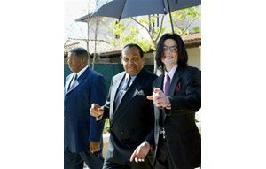 Prosecutors must return Jackson's property