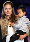 Paparazzo arrested for hiding near Jolie daycare