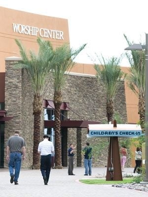 Mammoth Gilbert church hosts fair