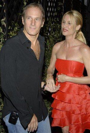 Nicollette Sheridan, Michael Bolton end engagement