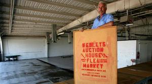 Mesa car lot reborn as flea market
