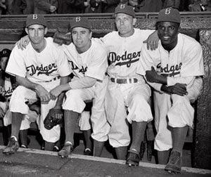Number of American blacks playing baseball declines