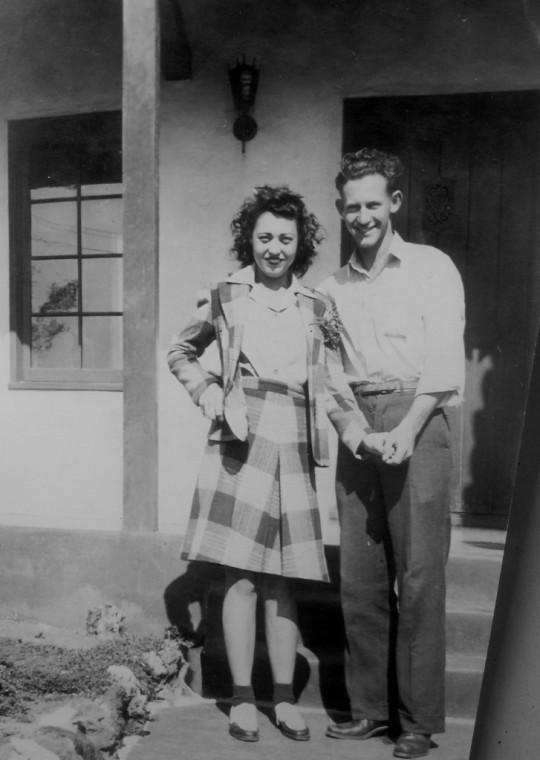 Joe & Lee Kremer (1942)