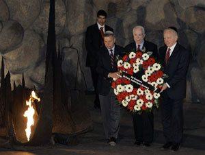 McCain visits Israel on Mideast trip