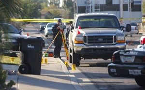 Mesa police shoot woman threatening suicide