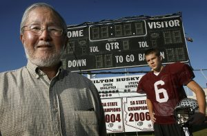 Prep football loyalties divide Chandler family