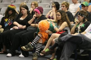 Gang, residents clash at Mesa meeting