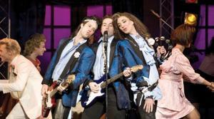 'Wedding Singer' brings '80s back