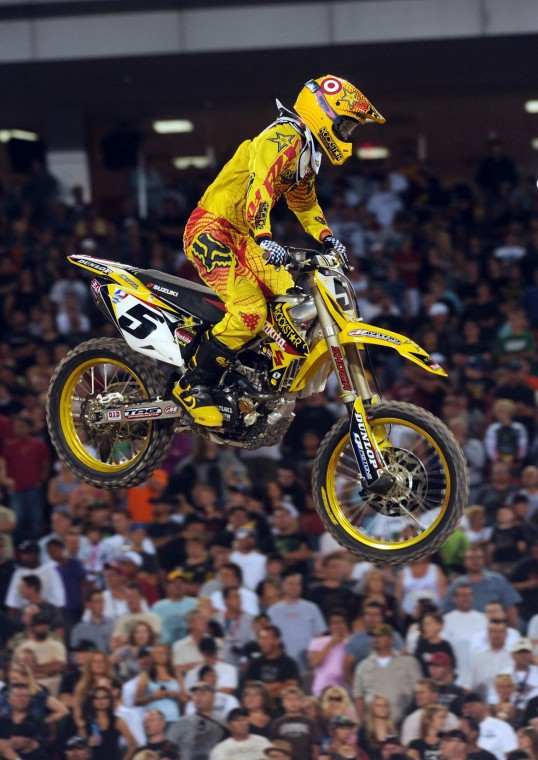 Supercross Chasing Dungey