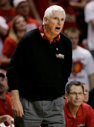 Inside the NCAA: Knight shared his insight with a young Sendek