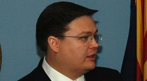 Infant son of state treasurer dies