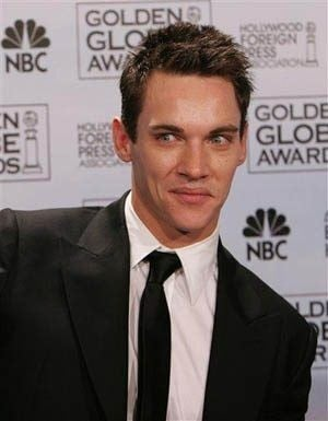 Jonathan Rhys Meyers checks into rehab