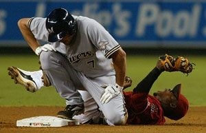 D-Backs fall to Brewers after grand slam, 7-4