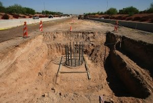 Pedestrian bridge to be built over Loop 101