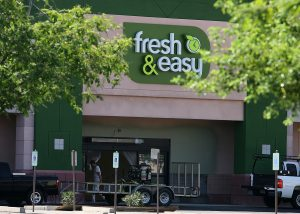 Fresh & Easy to occupy vacant Gilbert space
