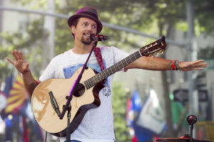 "<p>Jason Mraz performs on NBC's ""Today"" show on Friday, July 18, 2014 in New York. (Photo by Charles Sykes/Invision/AP)</p>"