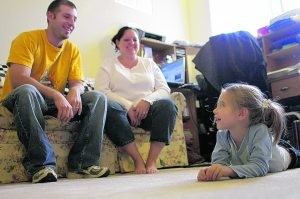Parents' economic problems put stress on kids